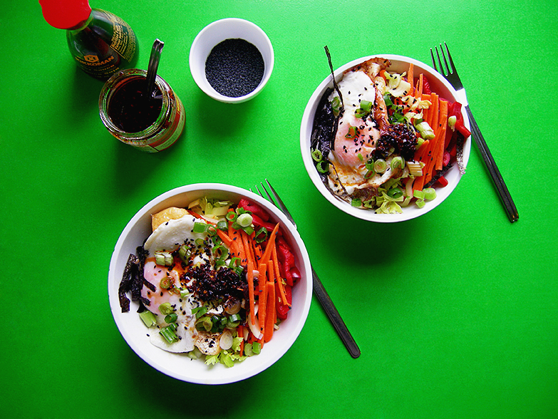 East Van Kitchen's Breakfast Rice Bowls! Spicy fried egg on rice bowls with raw vegetables inspired by healthy Asian breakfasts!