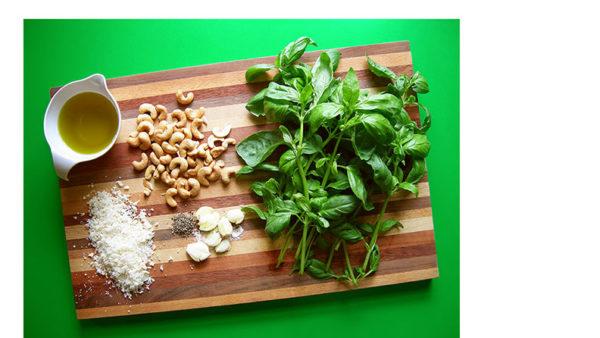 basil pesto cashews garlic