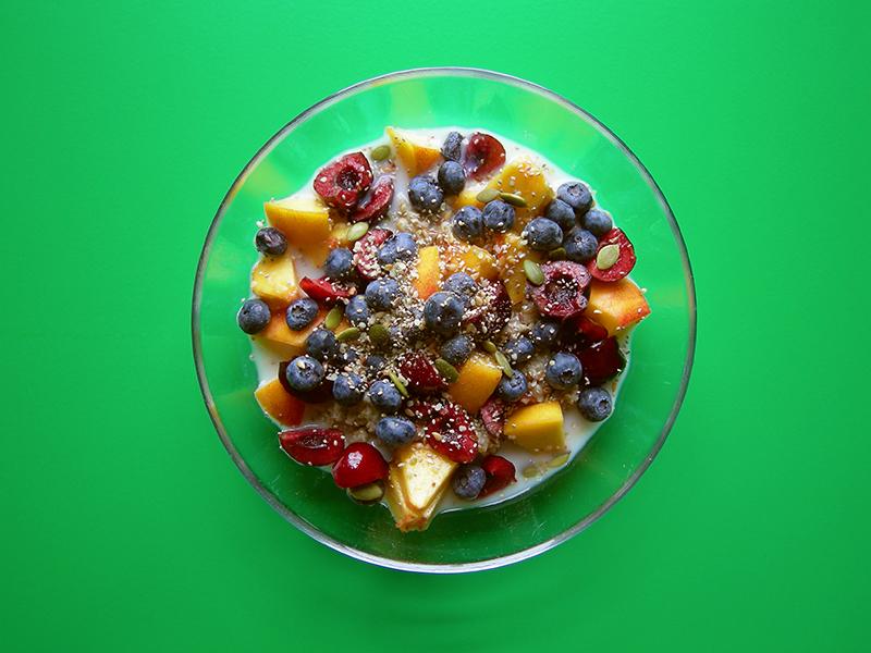 Superfoods hot cereal porridge breakfast